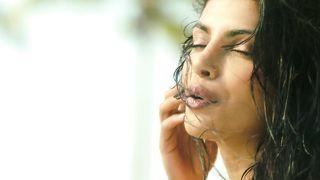 Priyanka Chopra ft. Pitbull - Exotic