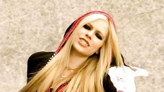 Avril Lavigne - Girlfriend (remix)