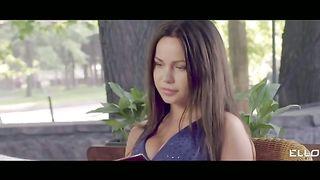 # НАСЛУХУ - Пару Шагов