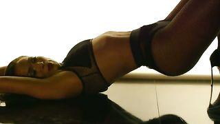 Jennifer Lopez feat. Iggy Azalea - Booty