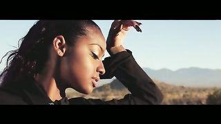 Justine Skye feat. Tyga - Collide