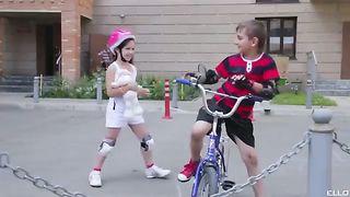 Шашки - Девушки Любят
