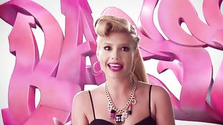 Chanel West Coast - Bass in the Trun