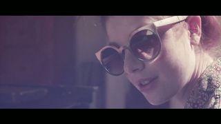 Generik feat. Nicky Van She - The Weekend