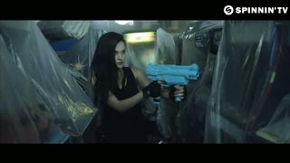 Tiësto & KSHMR feat. Vassy - Secrets