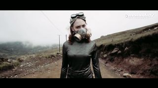 Carl Nunes feat. KARRA - Revolve