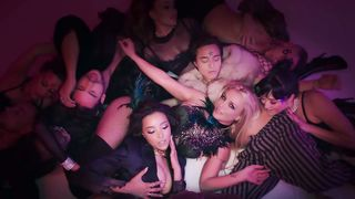 Britney Spears feat. Tinashe - Slumber Party