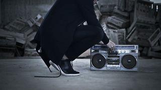 Luca Tarantino feat. Jewel - Solutions