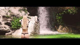 Nils van Zandt & Fatman Scoop feat. EMB - Destination Paradise
