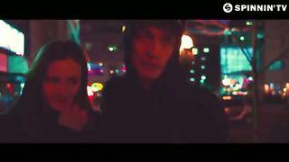 Hard Rock Sofa & Angelina Lavo - Crazy Things