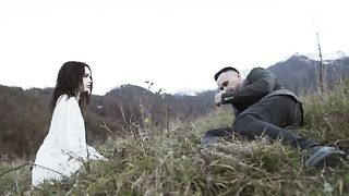 Vladmir - Она