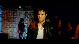 Enrique Iglesias feat. Ludacris - Tonight I'm Lovin You
