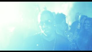 Diddy - Dirty Money Feat. Usher - Looking For