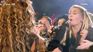 Фанатка от души подпевает Beyonce