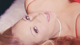 Mariah Carey & John Legend - When Christmas Comes