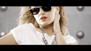 Alexandra Stan feat. Carlprit - One Million