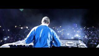 Tiesto feat. Wolfgang Gartner & Luciana - We Own The Night