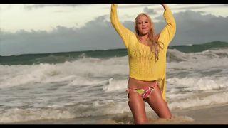 Tulisa feat. Tyga - Live It Up