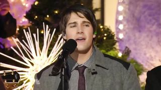 Big Time Rush - All I Want for Christmas Is You (Rockefeller Center 2011)
