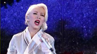 Christina Aguilera - Hurt, Live